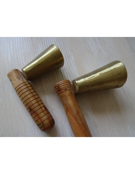 Paires Clarine cloche bell manches bois cannelés crotales Nord Inde
