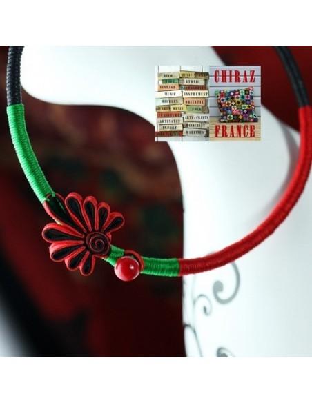 Collier ras du cou 43 cm en tissu et corde fleurs rouge / noir